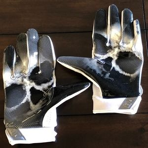 NWOT Nike Vapor Jet 4 Football MAGNIGRIP Gloves L